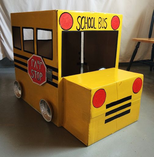 cardboard box school bus so crafty pinterest karton. Black Bedroom Furniture Sets. Home Design Ideas