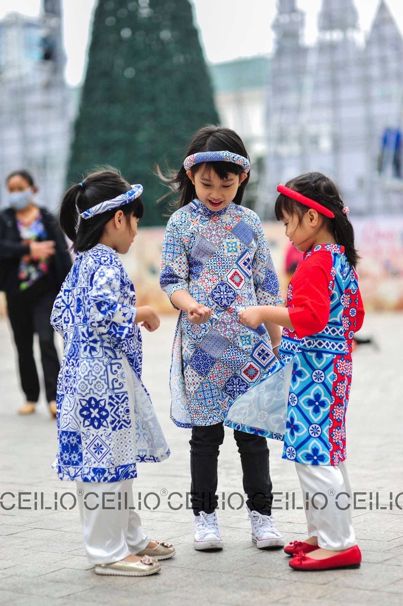 Ghim của duong yen trên ao dai/Vietnamese dress Áo dài