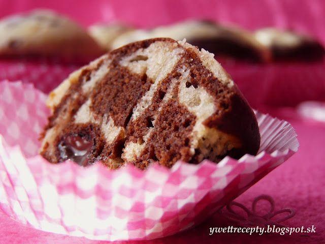 Mramorové muffiny s čokoládou...a ovocná bublanina Blesk
