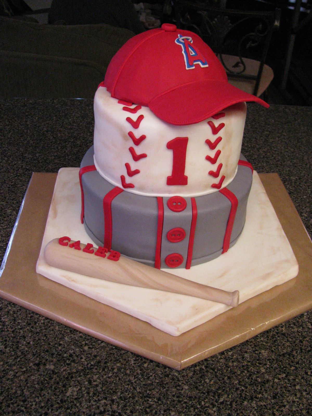 Astounding La Angels First Birthday Cake I Want To Give A Big Thanks To A Cc Funny Birthday Cards Online Elaedamsfinfo