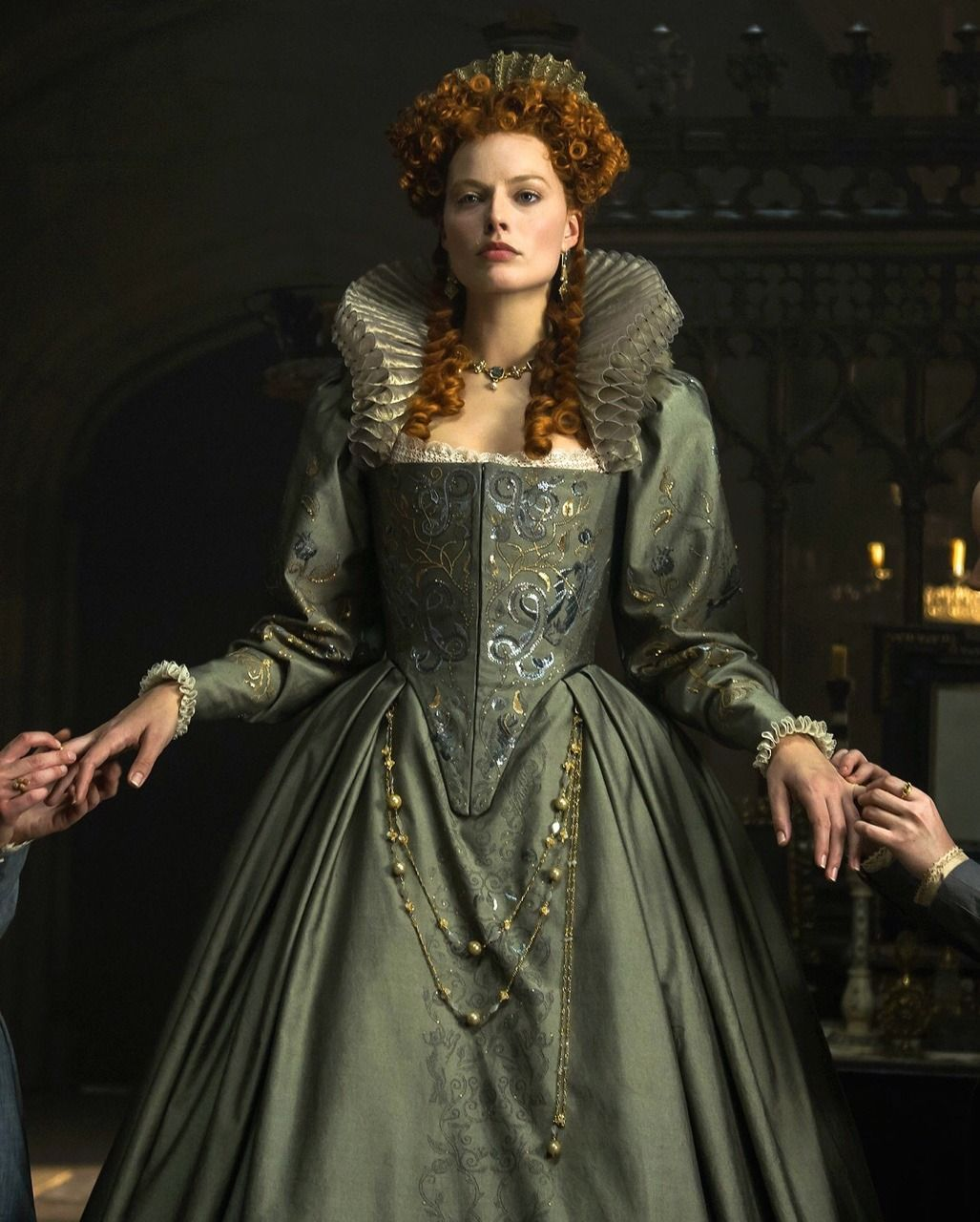 Queen Elizabeth I Margot Robbie in 'Mary Queen of Scots