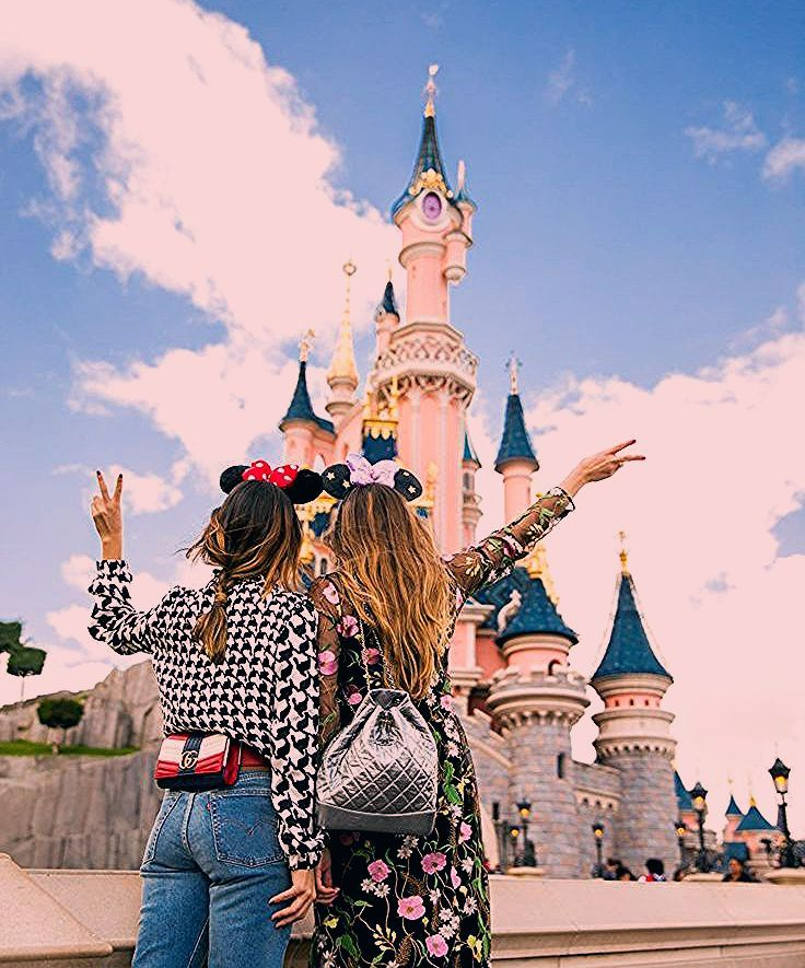Photo of Disneyland Paris Friends Disneyland
