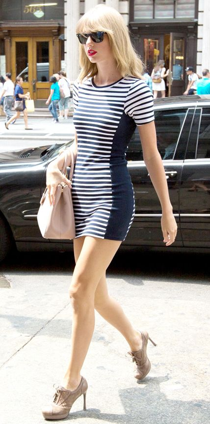 Look of the Day - August 1, 2014 - Taylor Swift in Topshop from #InStyle