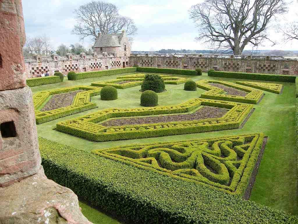 edzell castle, perthshire scotland | Castle garden ...