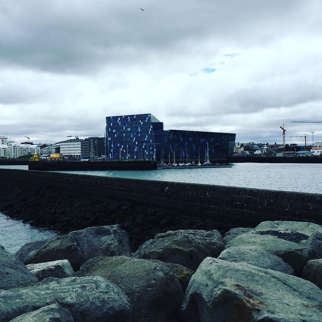 The Old Harbor Of Reykjavik In 2020 Old Things Travel Reykjavik