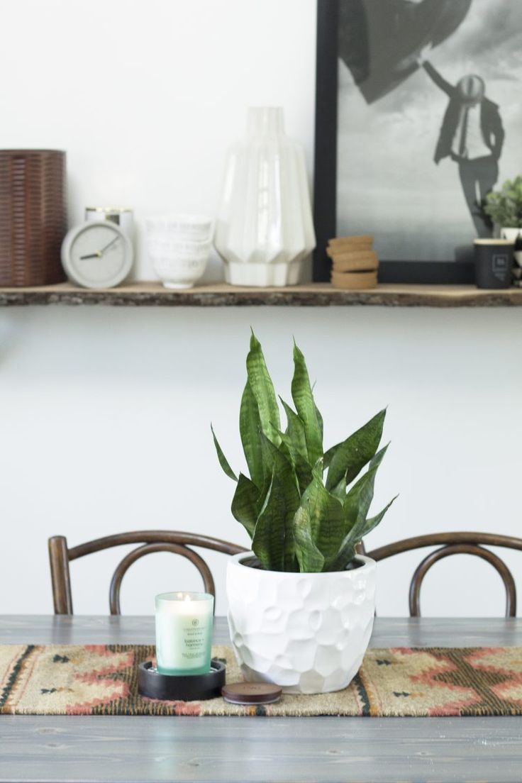 Chesapeake Bay Candle: Creating Calm At Home | My Breezy Room  #howtodecorate #home