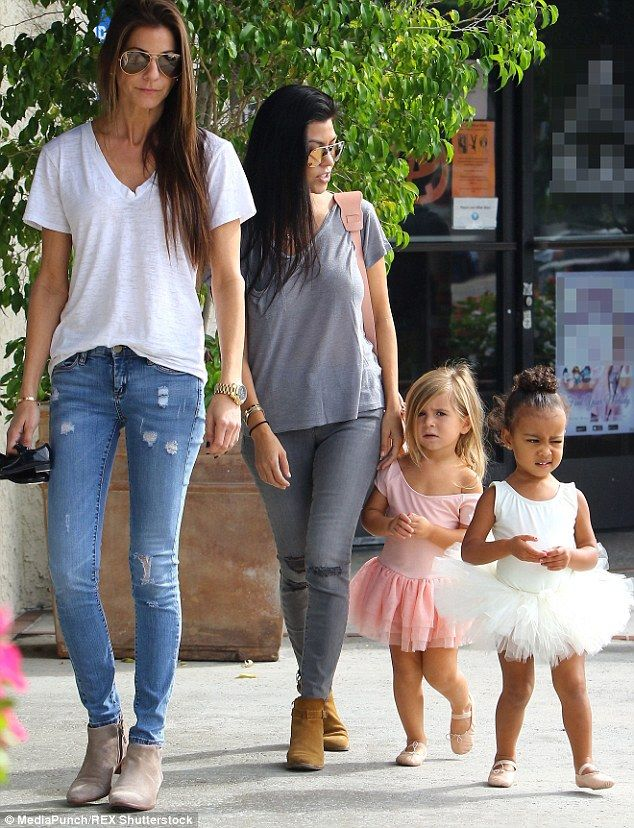 Kanye West Takes Care Of Children As Kardashian Clan Remain In Vegas Kourtney Kourtney Kardashian Kardashian