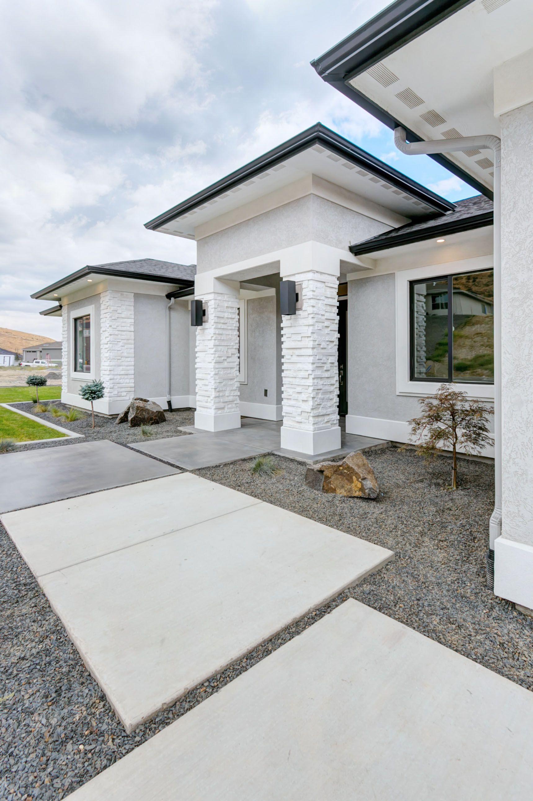 Tempo Ii Prodigy Homes Inc White Exterior Houses