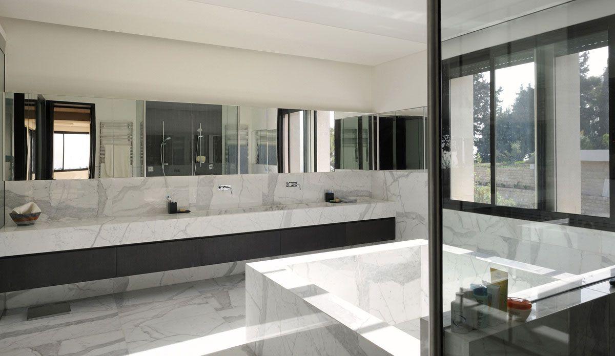 villa yarze was designed by rad abillama architects and is located in yarze baabda lebanon