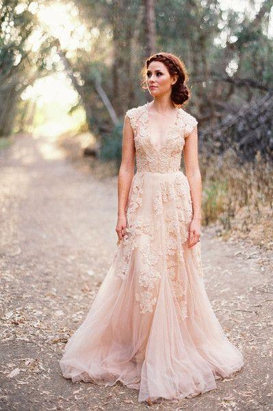 Vintage Wedding Dresses Cap Sleeve Lace 2015 Champagne Ruffles Beach Wedding Gowns Deep V Neck Re Bridesmaid Dresses Boho Lace Dress Boho Vintage Lace Weddings