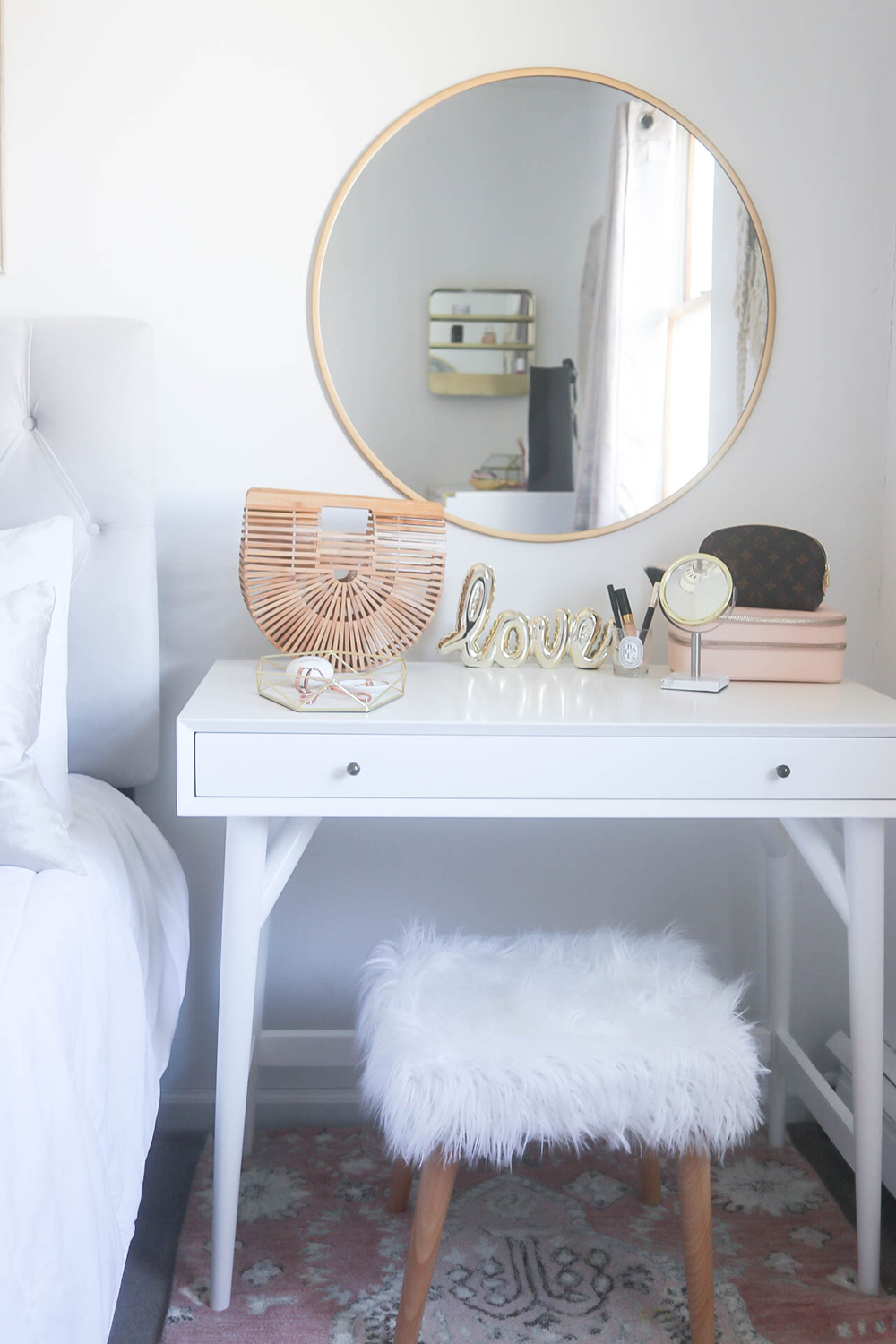 Styling A Vanity In A Small Space Gold Home Decor Home Decor