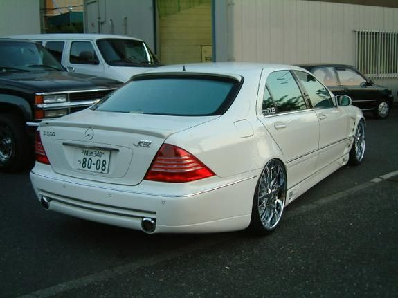 mercedes benz s class w220 tuning 16 cars that caught. Black Bedroom Furniture Sets. Home Design Ideas