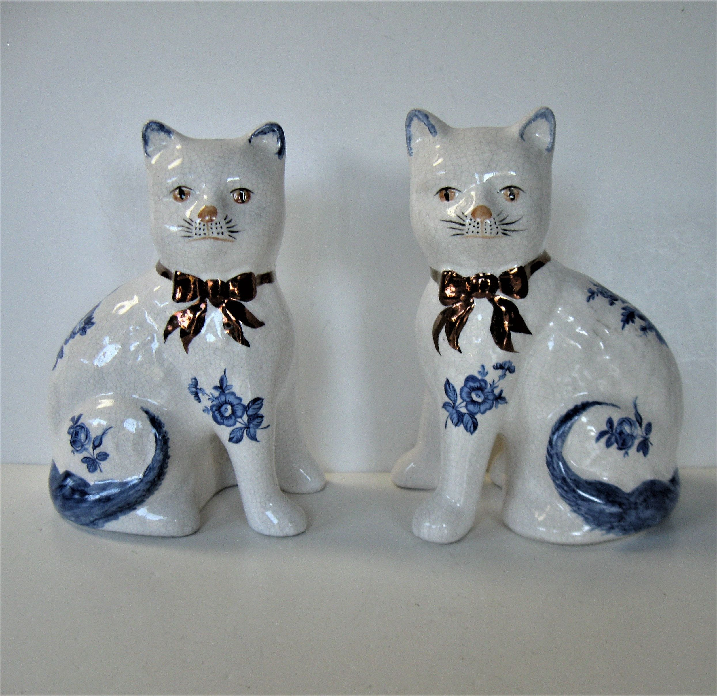 Vintage English Stafforshire Ware ceramic mantle kitty