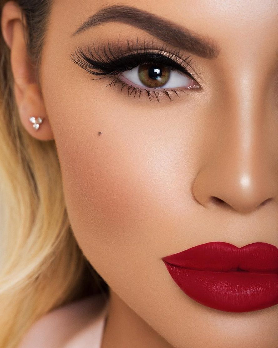 32 Fashionable Lipstick Makeup Ideas To Try