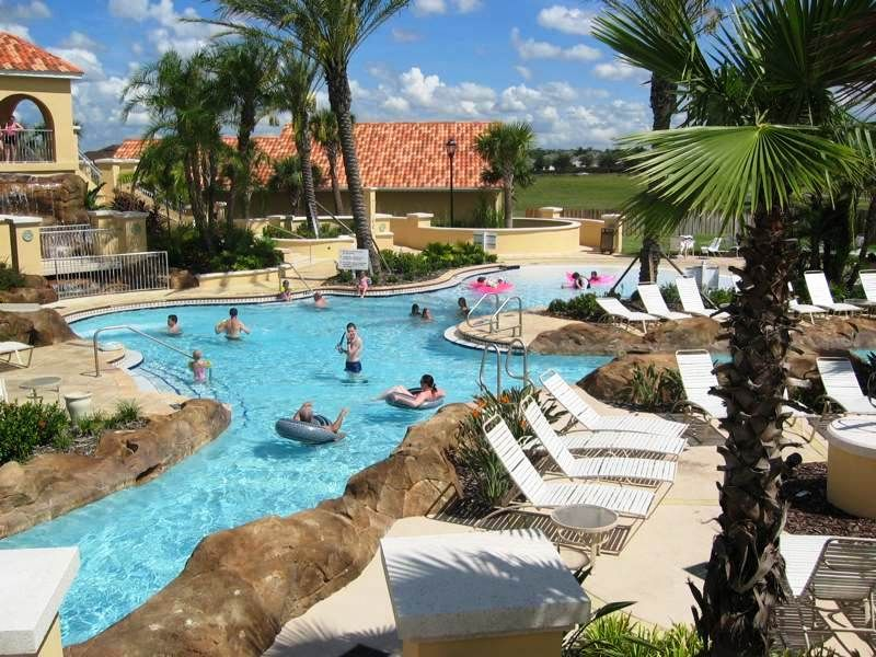 Located Just 15 Minutes From Waltdisneyworld Regal Palms Resort Is