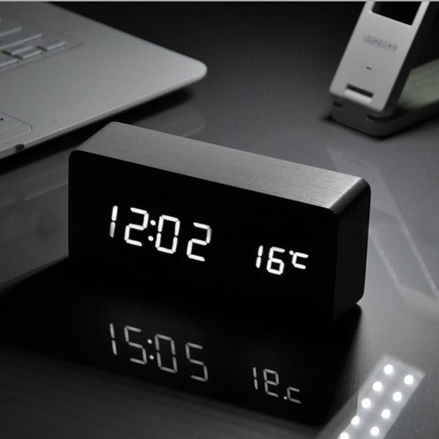 free voice activated alarm clock