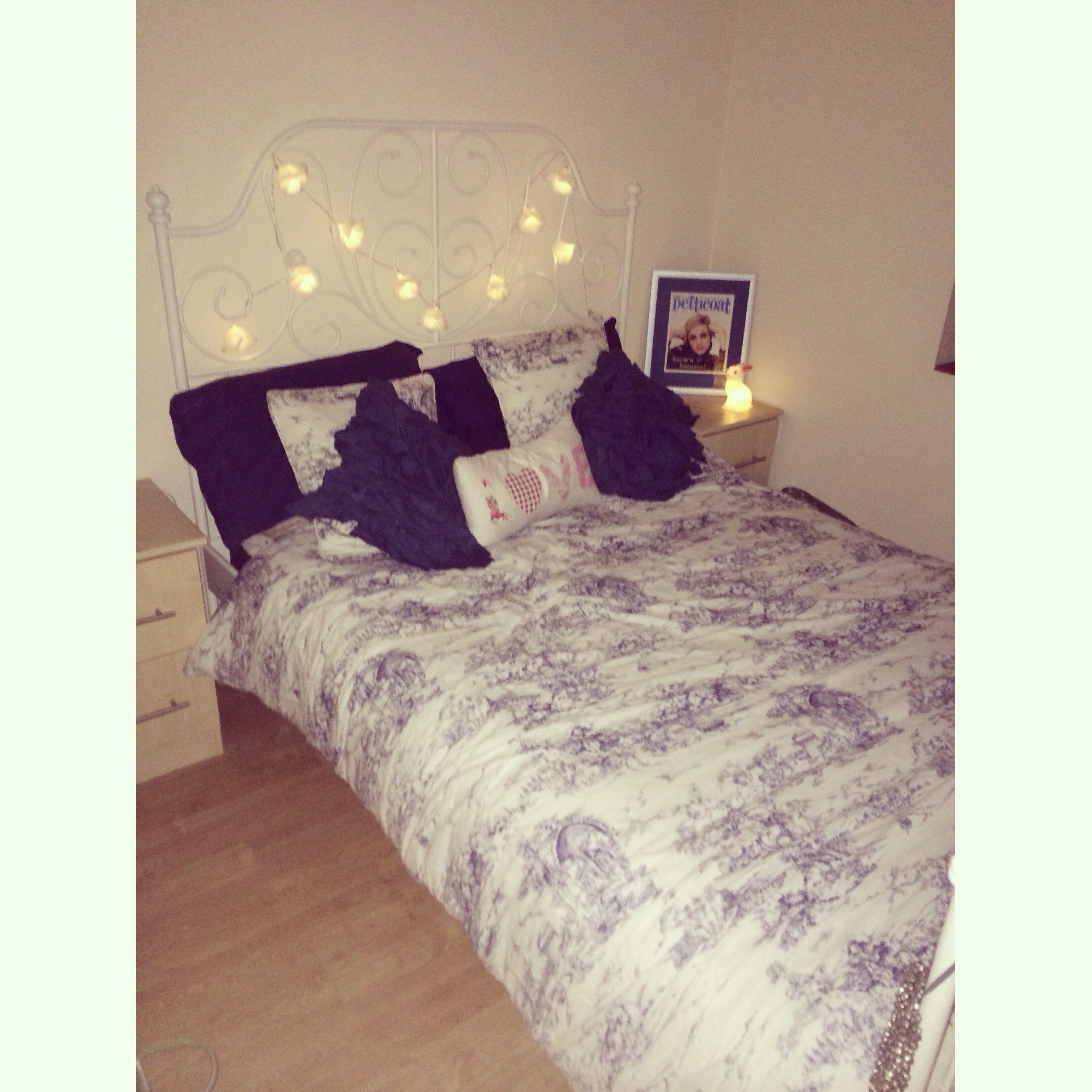 Leirvik ikea bed. Fairy lights. Twiggy.   deco   Pinterest   Ikea ...
