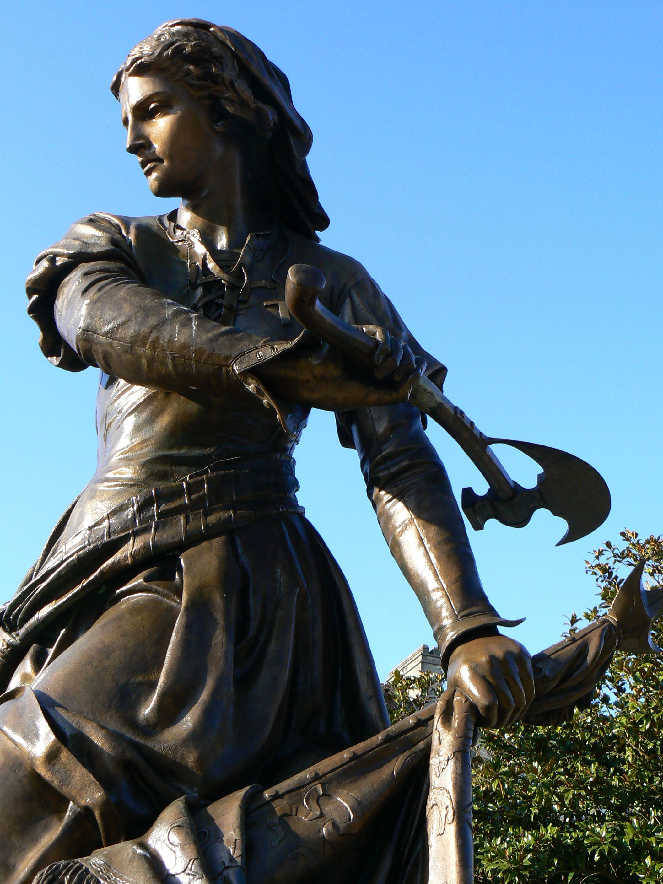 Jeanne Hachette 1851 By Gabriel Vital Dubray 1813 1892 Bronze Statue Located In Beauvais Picardy France Di Warrior Woman Poses 15th Century Clothing