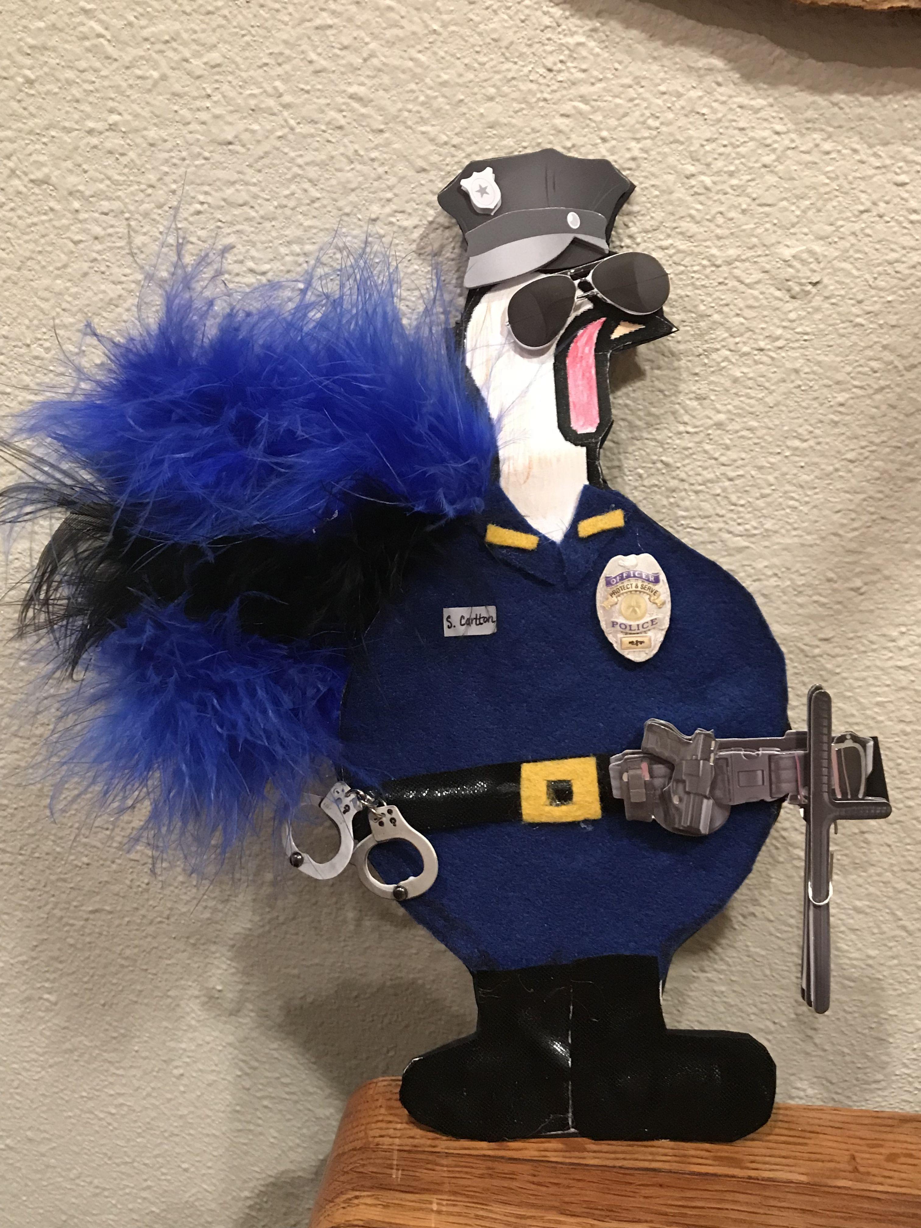 Disguise A Turkey Police Officer