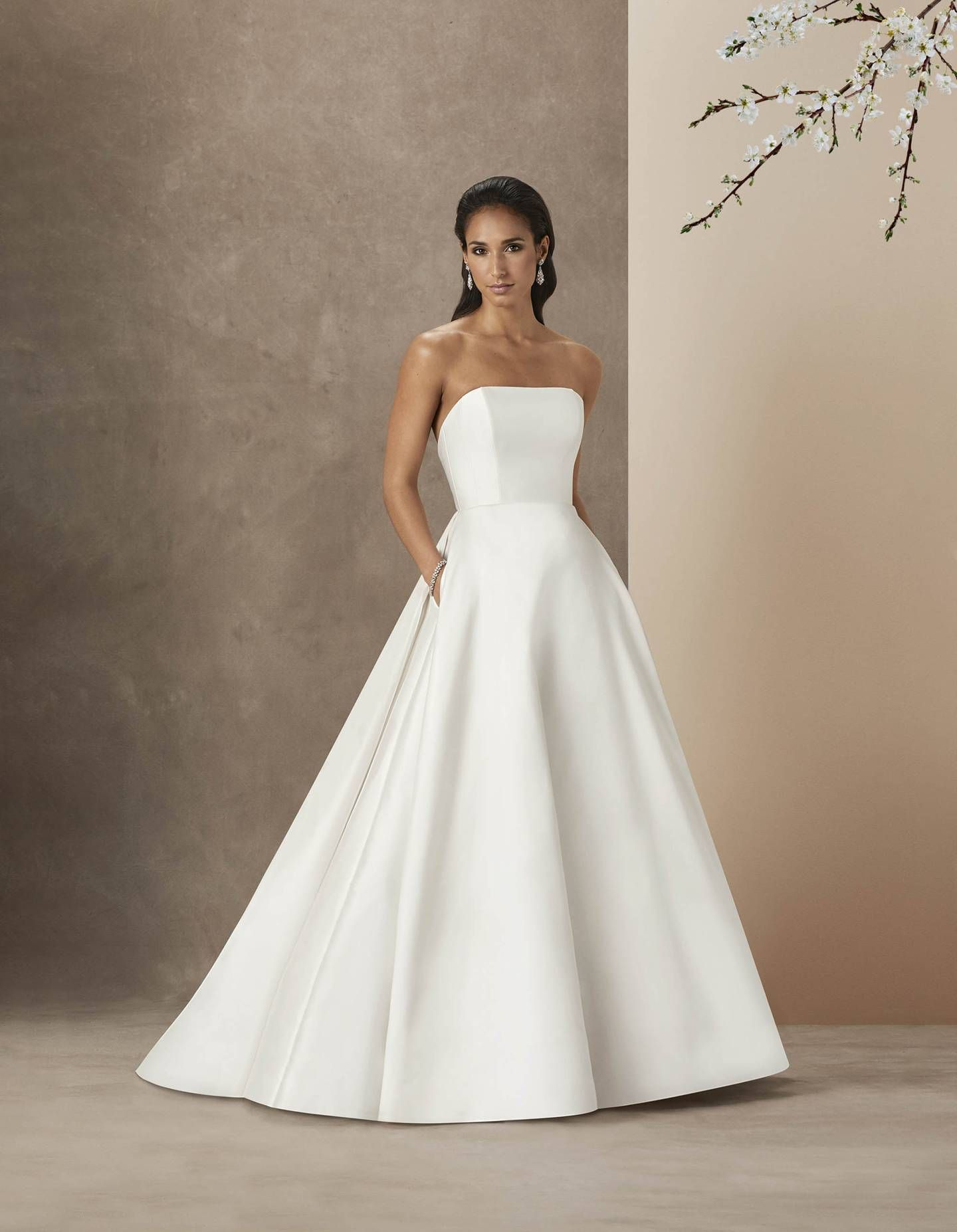 20 Simple And Elegant Wedding Dresses You Can Buy Right Now Plain Wedding Dress Minimalist Wedding Dresses Wedding Dresses Simple [ 1854 x 1440 Pixel ]