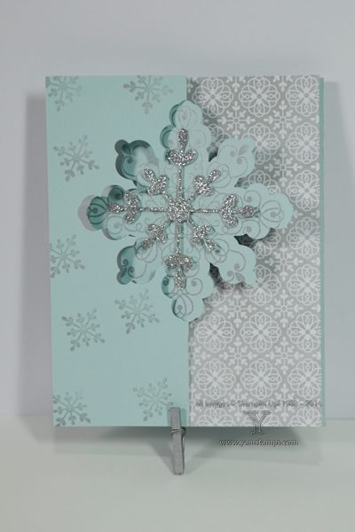 Stampin' Up! 's Snowflake Card Thinlits Die can be easily adapted to get a longer card that makes it easier to write your holiday greeting inside.