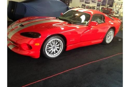 Pin By Calling All Cars On Sports Cars Dodge Viper Viper