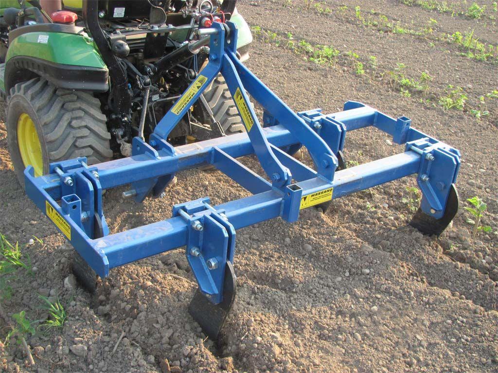 Massano Macchine Agricole Realizza Decompattatori Radici Piante