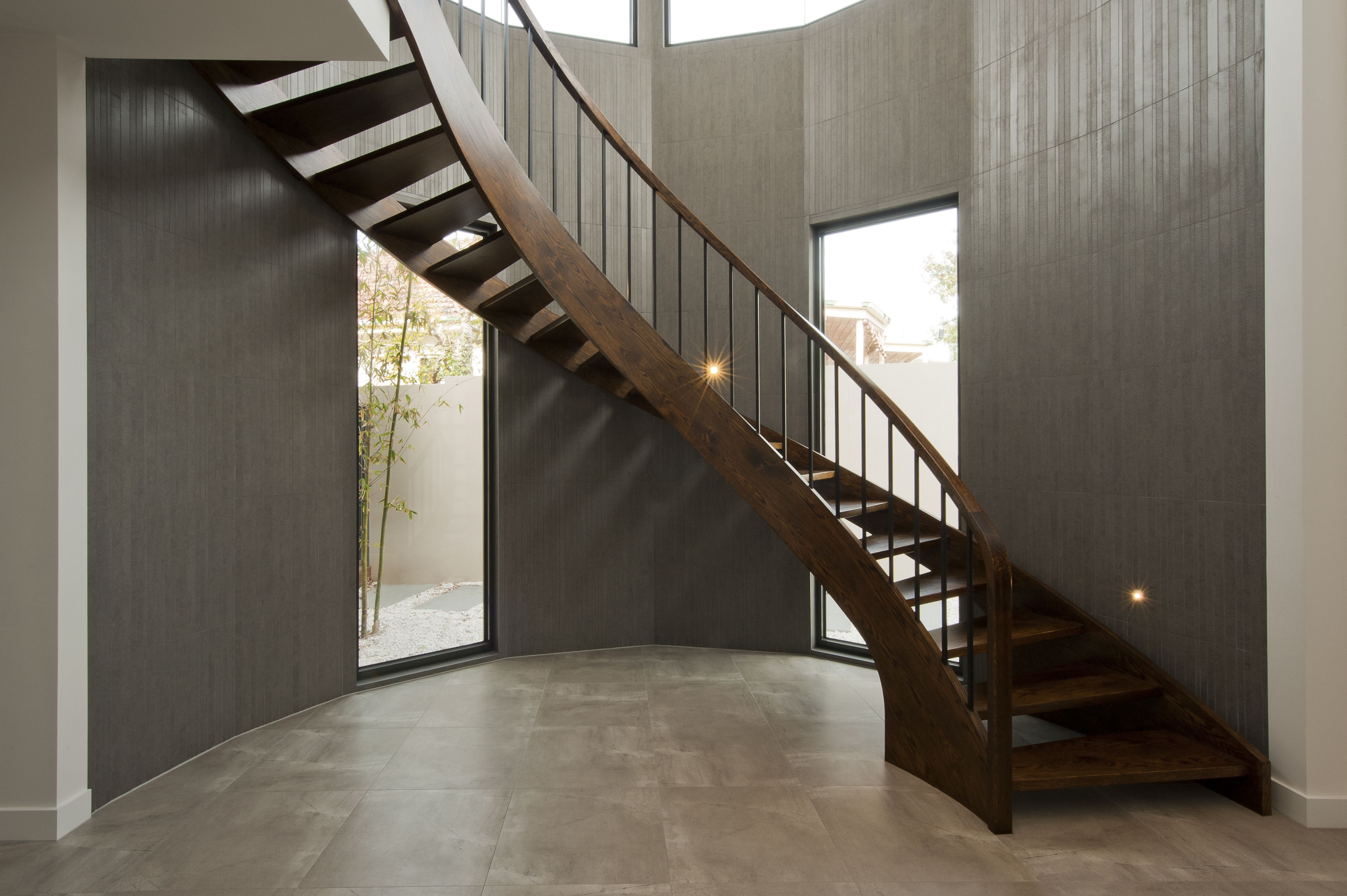 Best Curved Geometric Stair Staircases Treads 640 x 480
