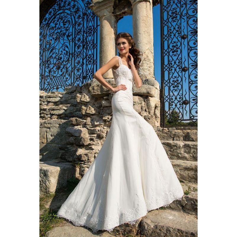 Ria - honosné dlhé svadobné šaty s luxusným zdobením na chrbte na ramienka 1b7f3458aaf