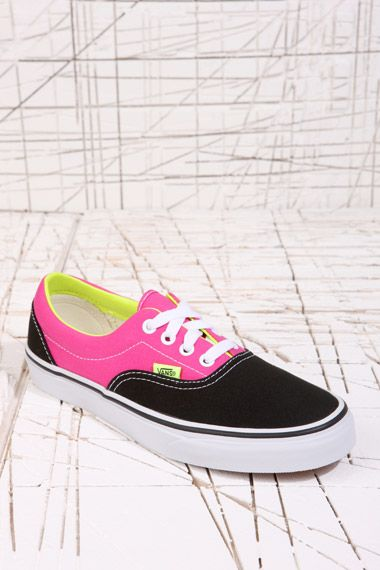 size 40 7c100 f9328 Vans Era Black   Pink Two-Tone Trainers at Urban Outfitters   In Her Shoes    Pinterest   Urban outfitters, Trainers and Urban