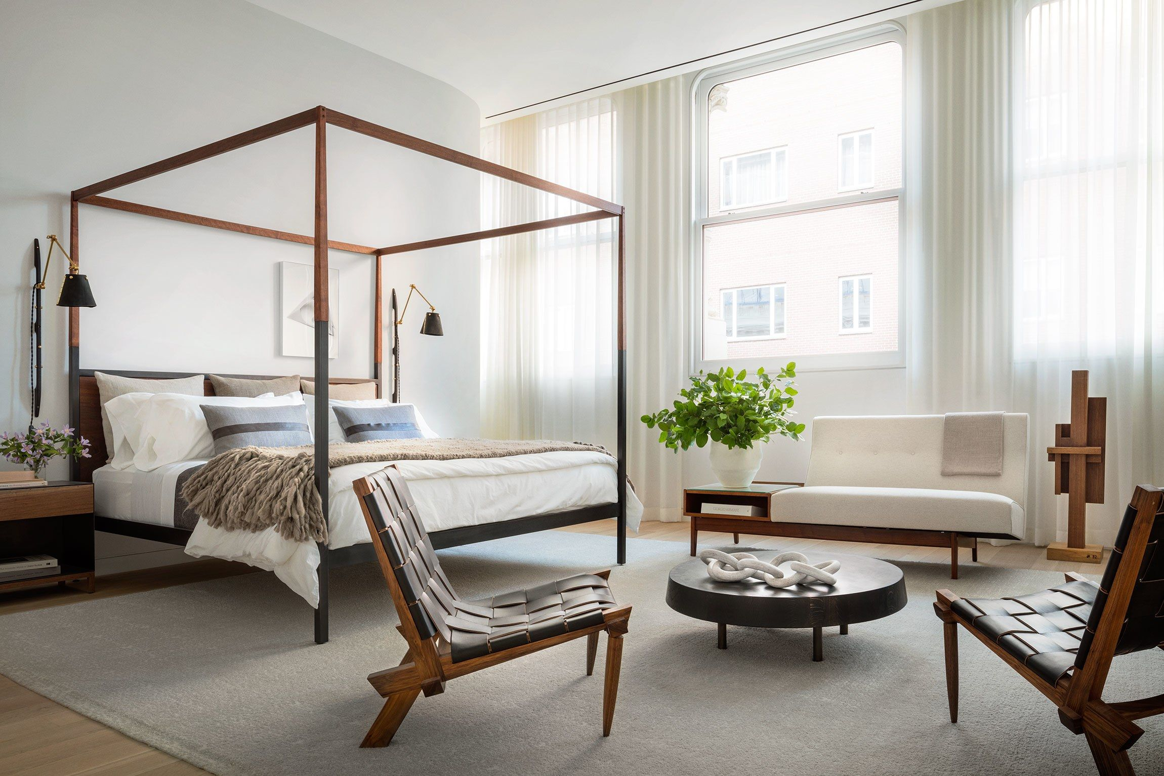 Brad Ford Crafts a Living Showroom in one of Manhattan\'s Buzziest ...