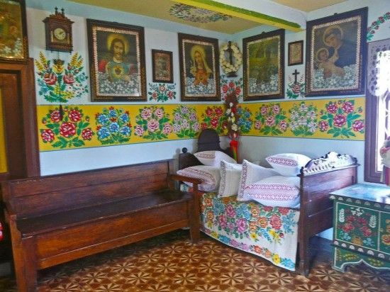 Zalipie Charmant Village Peint De Pologne 2tout2rien Pologne Deco Bricolage Deco