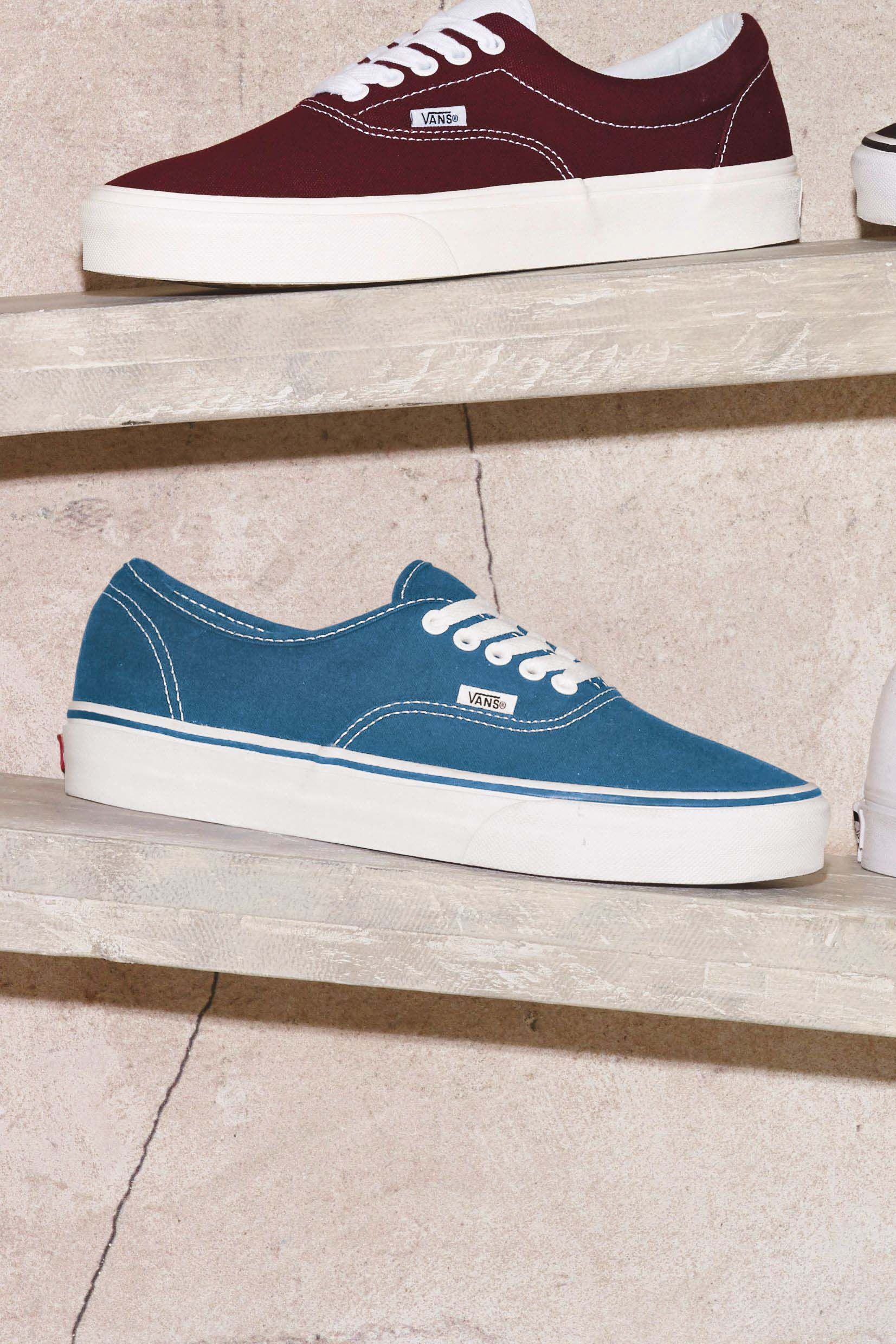 Mens Vans Authentic Trainers - Blue in