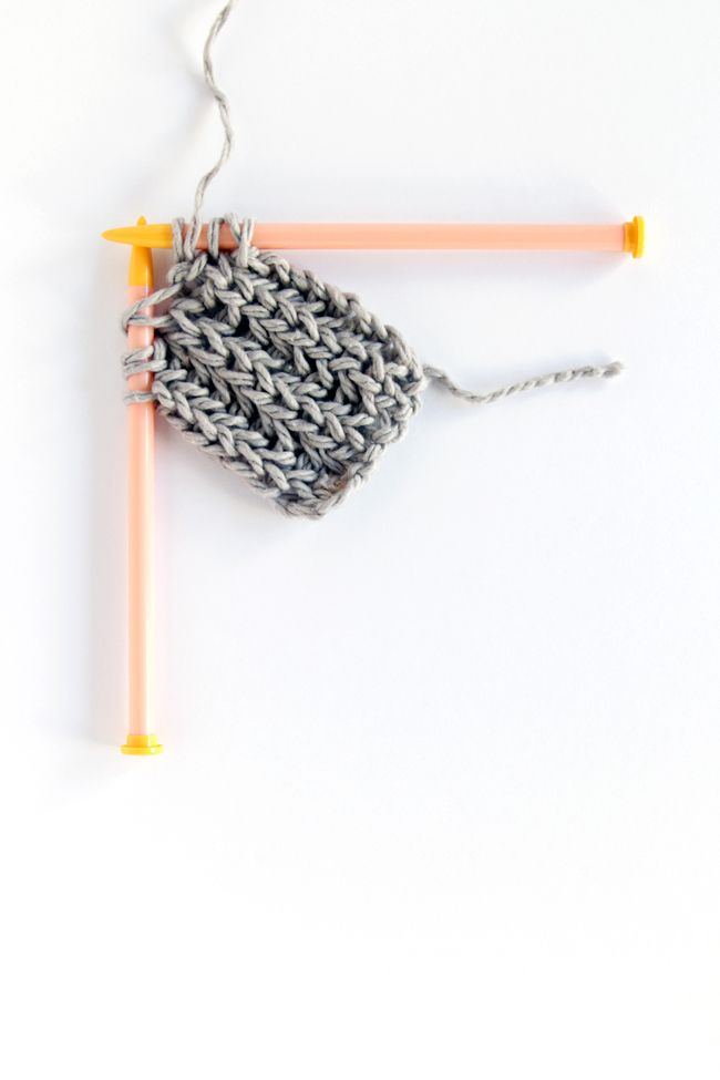 A video tutorial for how to fix mistakes in brioche knitting without ...