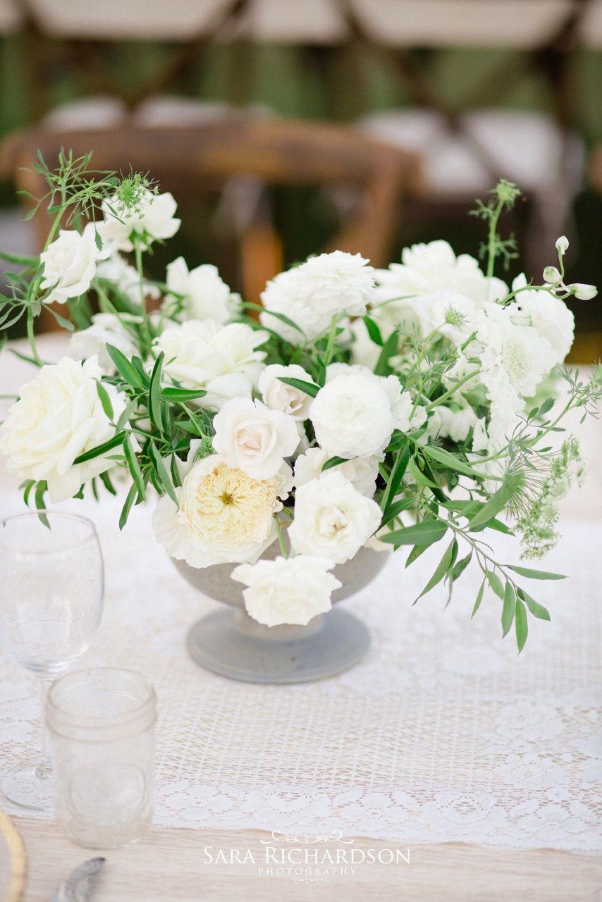 Contemporary Farm Wedding Decor Ideas - The Wedding Ideas ...