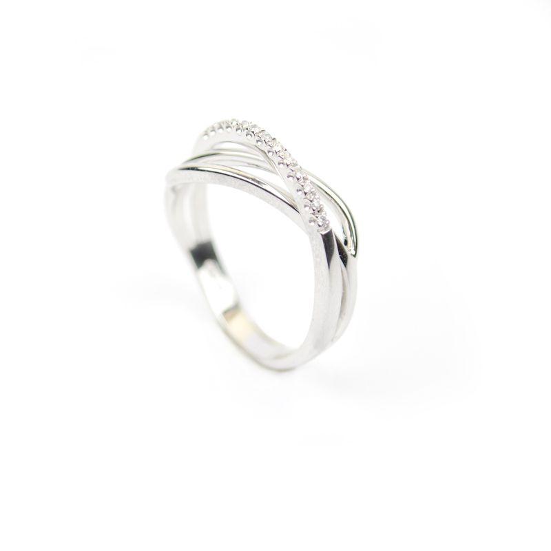 Pin Su Anelli Con Diamanti
