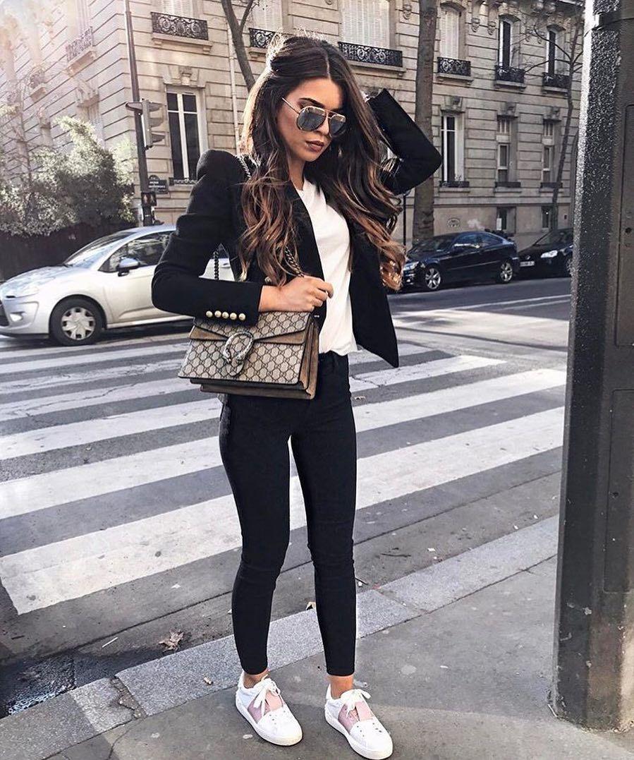 Blazer Negro Pantalon Negro Tenis Blancos Outfit | Looks | Pinterest | Tenis Blancos Blazer ...