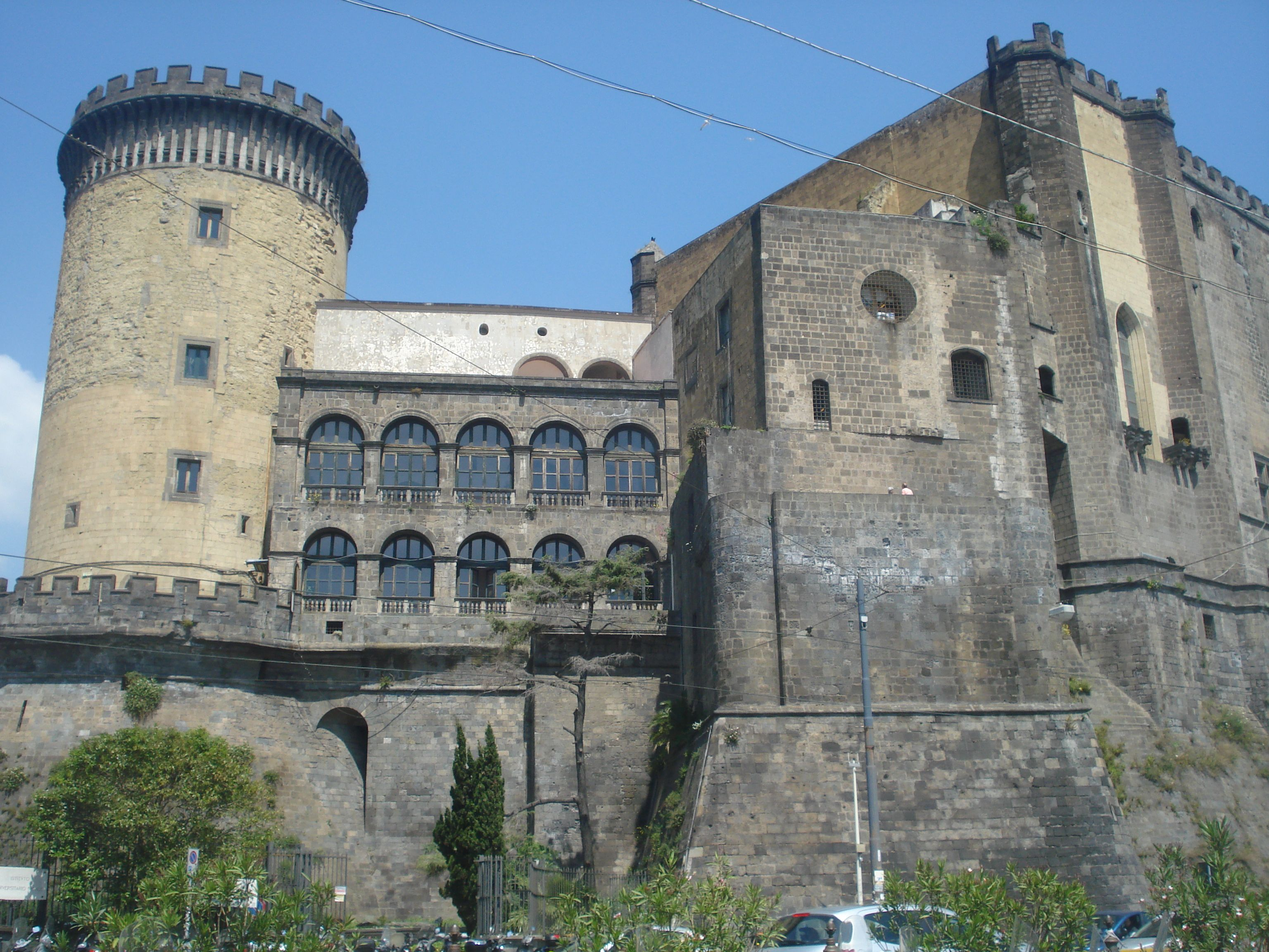 Castillo Maschio Angioino o Castelo Nuovo, Nápoles, Italia (2014)