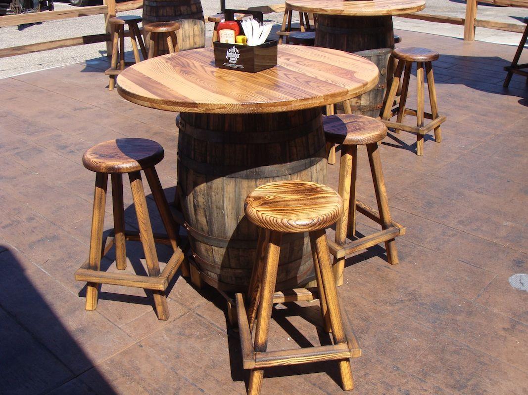 Elegant Modern Outdoor Bar Set