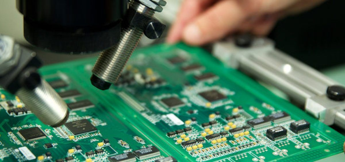 Major Factors To Consider When Searching For The Right Pcb Manufacturer Printed Circuit Boards Pcb Board Prototype Board