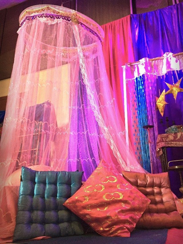 Zia's Arabian Nights Themed Party – Stage