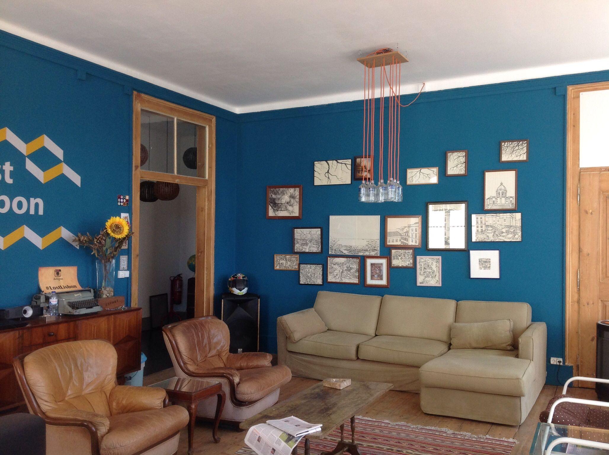 Guesthouse Lost Lisbon, gezamenlijke woonkamer | Cafes, Restaurants ...