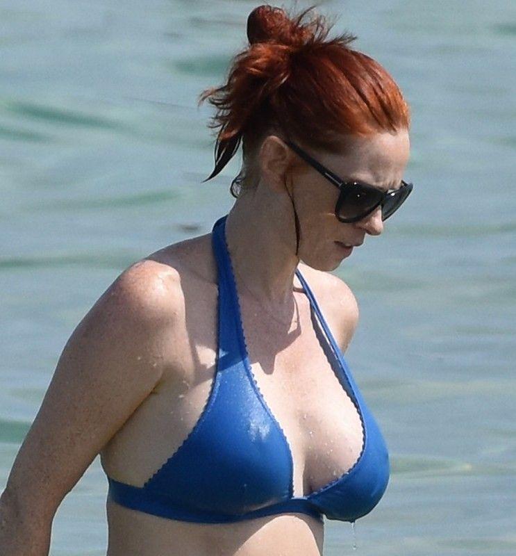 Audrey Fleurot SEXY BIKINI !!!   beauty