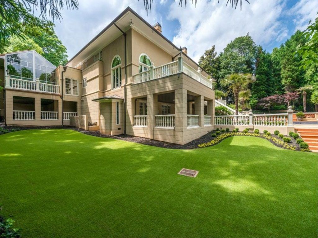 kenny rogers fails to sell sandy springs mansion for 3 7m