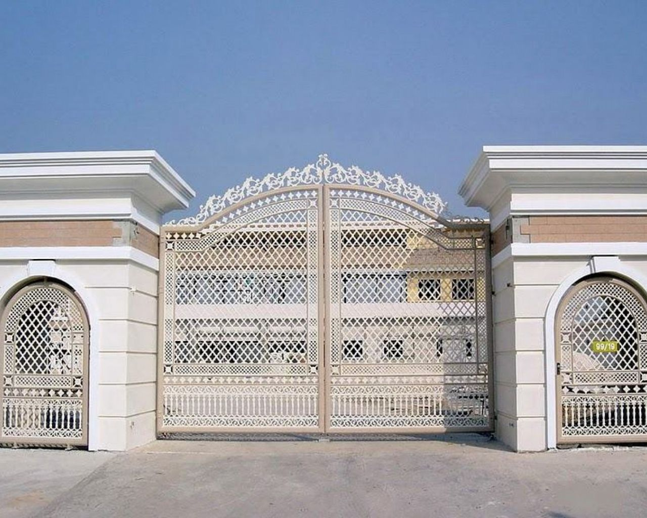 neo classic style entry gate Google Search Front gate