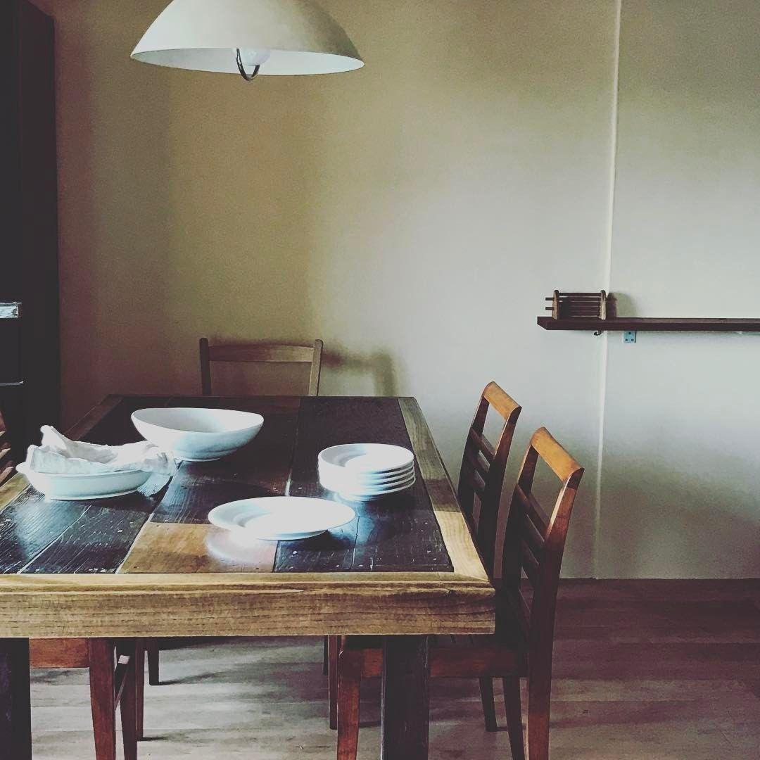 "817 gilla-markeringar, 21 kommentarer - 冷水 希三子 (@kincocyan) på Instagram: ""テーブルが変わるとご飯の風景も変わる。"""
