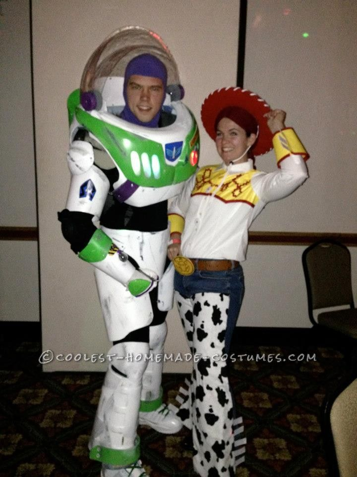 awesome buzz lightyear and jessie homemade halloween costume homemade halloween buzz. Black Bedroom Furniture Sets. Home Design Ideas