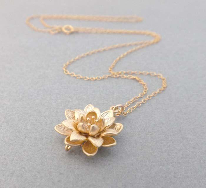 Gold Flower Necklace Rose Gold Flower Necklace Gold Filled Etsy Flower Necklace Gold Beautiful Jewelry Stylish Jewelry
