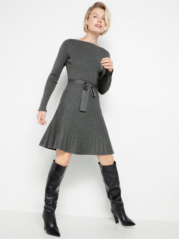 Stickad klänning med plisserad kjol | Lindex