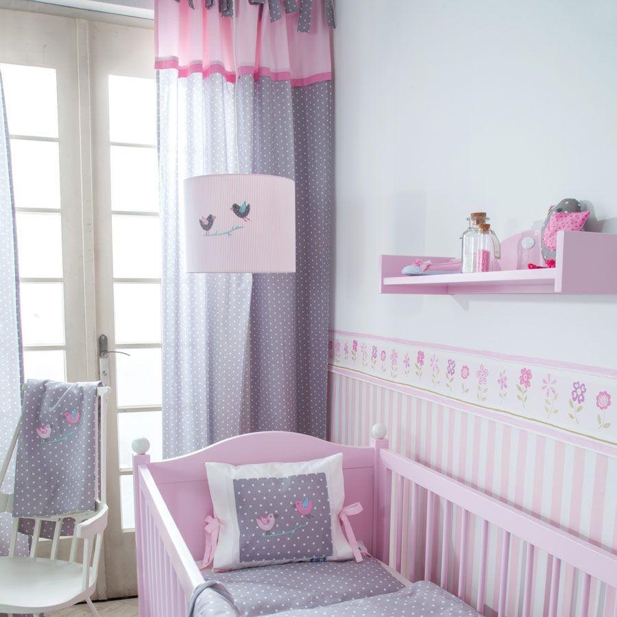 kinderzimmer rosa gestalten streifen wand deko kronleuchter ...